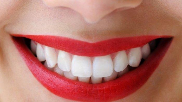 Fakta di Balik Cara Memutihkan Gigi dengan Garam, Amankah untuk Gigi?