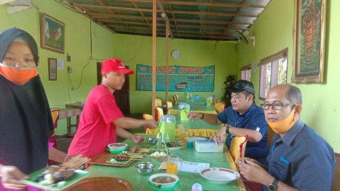 Mencicipi Nikmatnya Sate Ikan Blue Marlin di Pondok Kuring Pesisir Barat