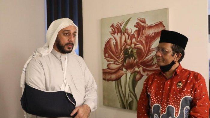 Menko Polhukam Mahfud MD kunjungi Syekh Ali Jaber, Senin (14/9/2020) malam