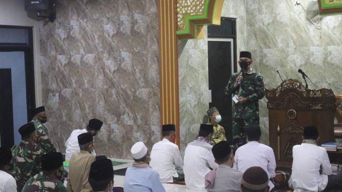 Romas Herlandes Rutin Lakukan Doa Bersama Jamaah Masjid Jami'ussalam