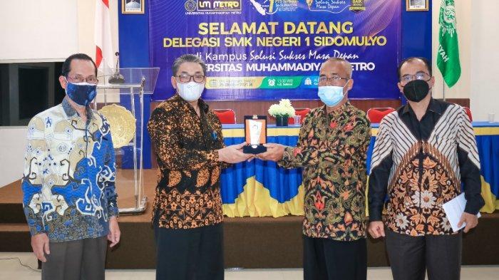 SMKN 1 Sidomulyo Lamsel Kunjungi Kampus Terbaik di Lampung Universitas Muhammadiyah Metro