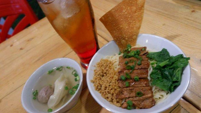 KULINER LAMPUNG - Rasakan Perpaduan Mie dan Daging Steak Lezat di Mie Lagi (ML) Yuk Bandar Lampung