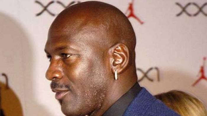 Michael Jordan Emosional Dengar Kabar Kobe Bryant Meninggal