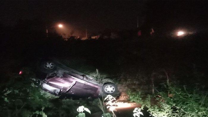 Diduga Kabur dari Kejaran Polisi, Mobil Tercebur ke Sungai