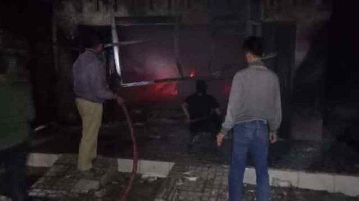 Mobil Pribadi dan Toko Terbakar di Natar Lampung Selatan, Kerugian Ditaksir Rp 200 Juta