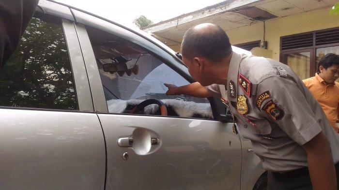 Kejar dan Kepung Mobil Avanza, Warga Kampung Baru Amankan Pencuri Laptop