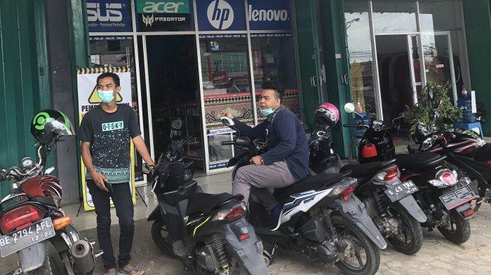 BREAKING NEWS Ditinggal Ngumpul di Toko, Motor Siswa SMA di Lampung Utara Raib di Parkiran
