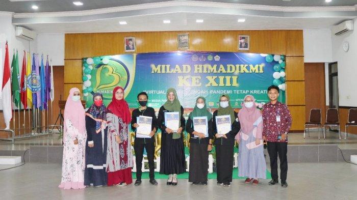 Pemberian apresiasi dari program pendidikan ekonomi UM Metro kepada mahasiswa berprestasi ini bertepatan pada acara Milad HIMADIKMI UM Metro. (UM Metro, 29 Mei 2021).