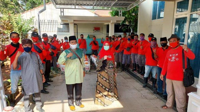 Dipimpin Eva Dwiana, MTRH Lampung Semprot Disinfektan di Kemiling, Bandar Lampung