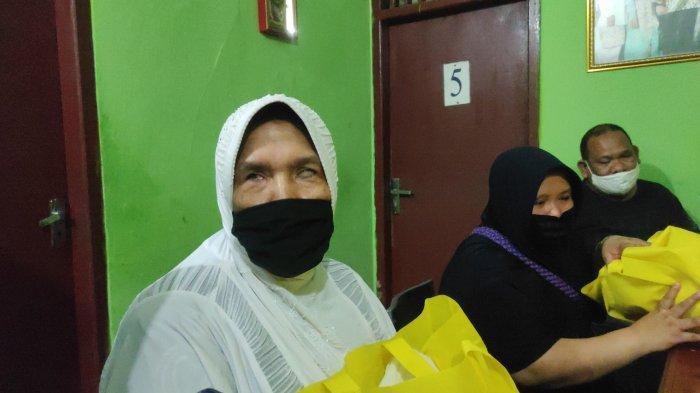 Sepi Pelanggan Akibat Pandemi Covid-19, Panti Pijat Dapat Bantuan Sembako dari Pemprov Lampung