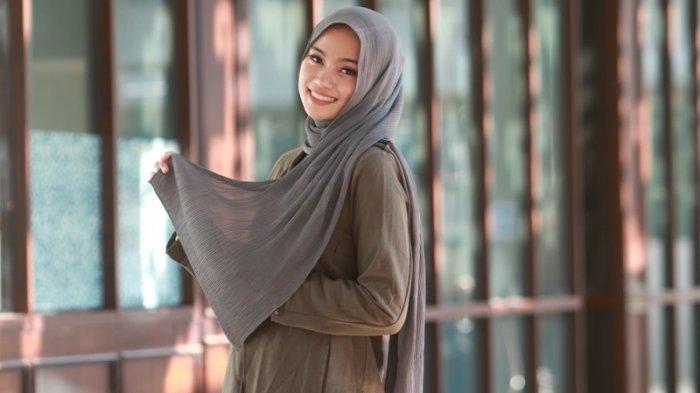 Muli Provinsi Lampung 2020 Mega Diana Zamzam Selalu Ikuti Tren Warna Hijab