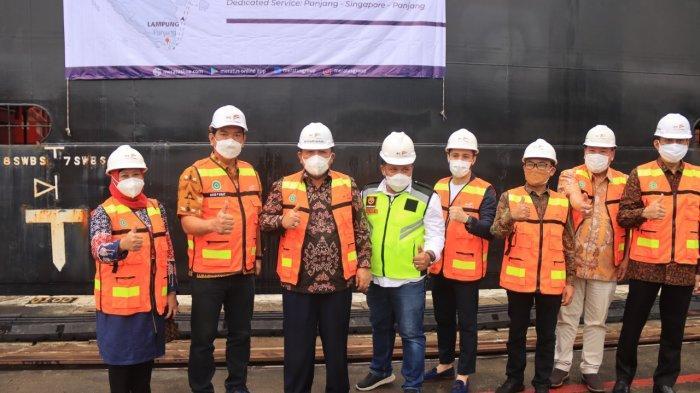 Gubernur Arinal Djunaidi Lepas Pelayaran Perdana Ekspor Produk Pertanian ke Singapura