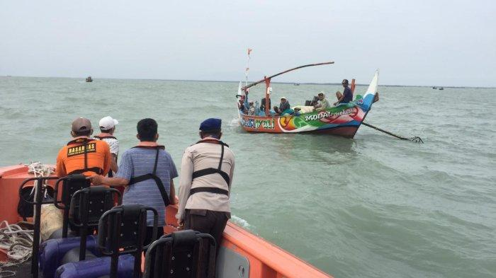 Nelayan Tenggelam di Perairan Lampung Timur, Polair Labuhan Maringgai Lakukan Pencarian