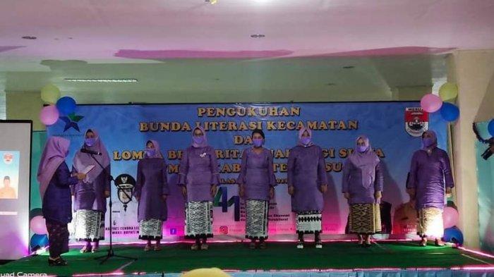 Nelly Wati Kukuhkan 7 Bunda Literasi Tujuh Kecamatan di Mesuji