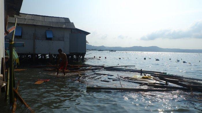 Nestapa Mardiana Rumahnya Hancur Disapu Ombak Besar di Perairan Teluk Lampung: Cuma Bawa Badan Aja