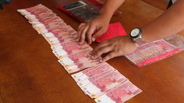 Ngaku Tak Produksi Uang Palsu, Pelaku: Saya Sebar di Bandar Lampung dan Setor ke Tante