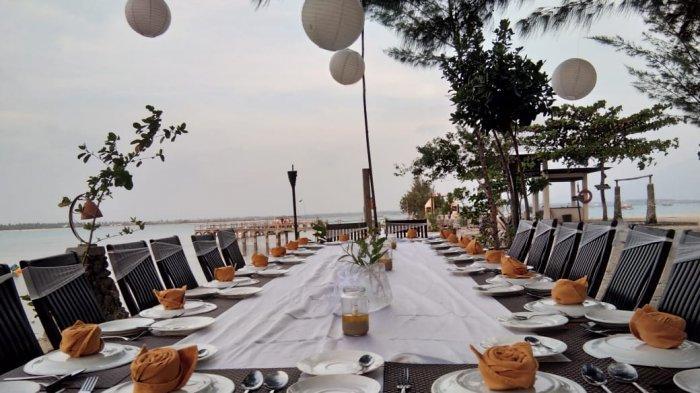 Nikmati Senja dan Makan Malam Romantis di Pinggir Pantai Grand Elty