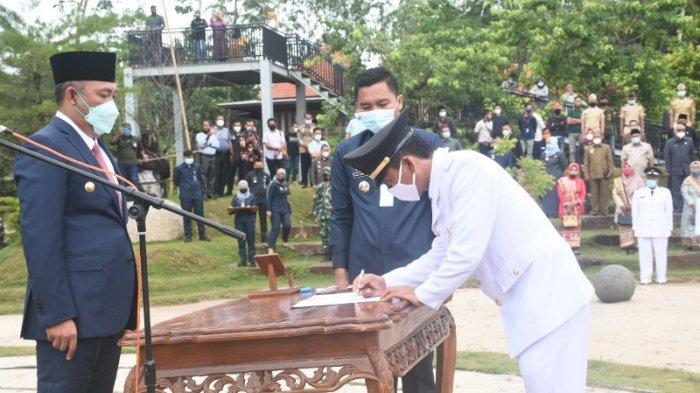 Novriwan Jaya Resmi Jabat Sekkab Tulangbawang Barat Definitif