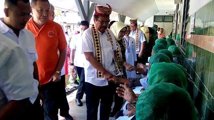 Jaksa Agung M Prasetyo Tinjau Baksos Adhyaksa Operasi Katarak di RS Panti Secanti