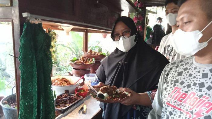 Paket Lengkap Gudeg Kangen Jogja Kota Metro Hanya Rp 35 Ribu