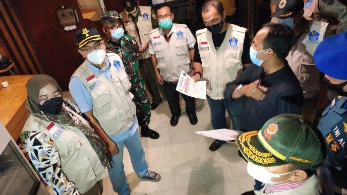 Mayor Inf Andri Kusuma Bersama Satgas Covid 19 Patroli Yustisi pada Malam Hari