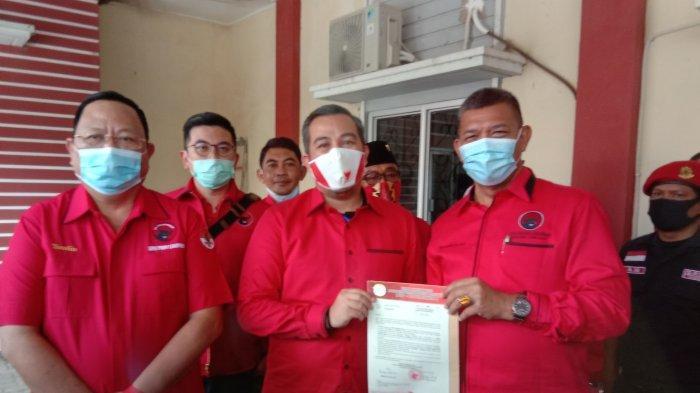 PDI Perjuangan memberikan merekomendasi kepada Dendi Ramadhona-Marzuki di Pesawaran.