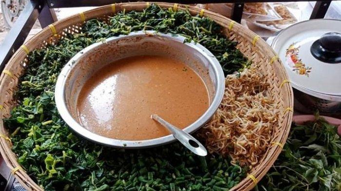 Kuliner Lampung, Pecel Kediri Mam Micke Pakai Bumbu tanpa Digoreng
