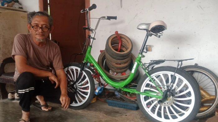 Pria di Tanggamus Lampung Ini Jual Sepeda Mini Bekas Rp 3,5 Juta