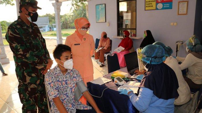 Pelajar SMP Angkasa Tulangbawang Lampung Divaksin di Lanud Pangeran M Bun Yamin