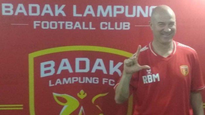 Pelatih Anyar Badak Lampung Puji Kualitas Lapangan Stadion Sumpah Pemuda