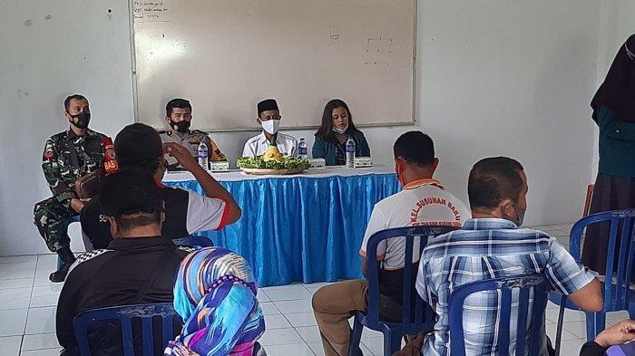 Babinsa Koramil 410-05/TKP Koptu Benny Hadiri Pelepasan Mahasiswa KKN Unila