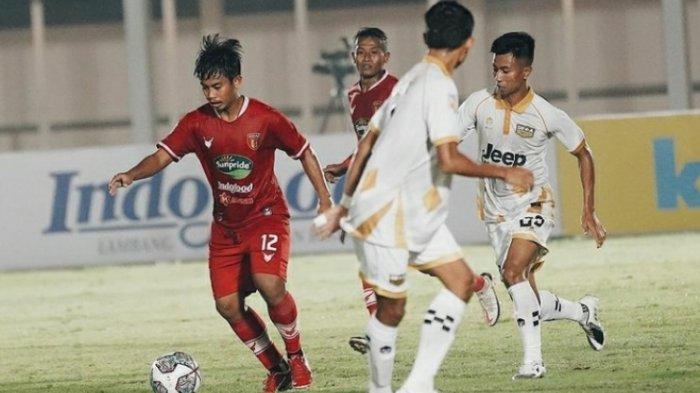 Pemain Badak Lampung FC Down Usai Kebobolan saat Laga Kontra Dewa United