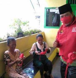 MTRH Lampung Semprot Disinfektan dan Bagikan Masker di Tiga Kelurahan Kecamatan Rajabasa