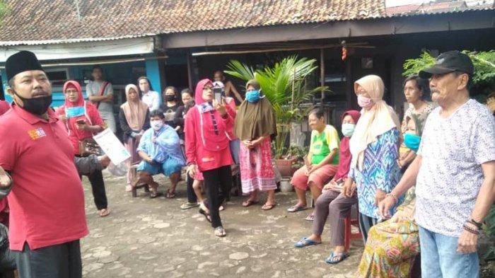 MTRH Lampung Semprot Disinfektan dan Bagi Paket Ramuan Tradisional di Sawah Brebes