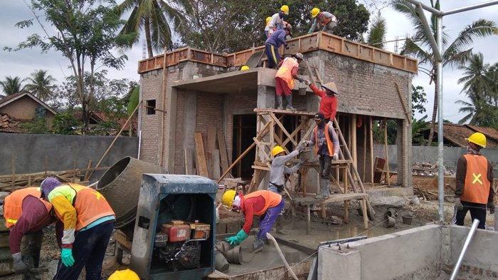 Pembangunan Padat Karya Bantu Masyarakat Terdampak Pandemi Covid-19
