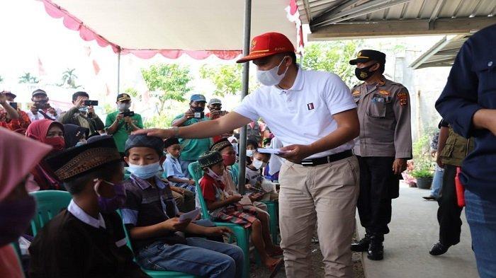 Pemkab Lampung Barat Beri Santunan ke Anak Yatim, 'Minta Doa Agar Bebas dari Covid'