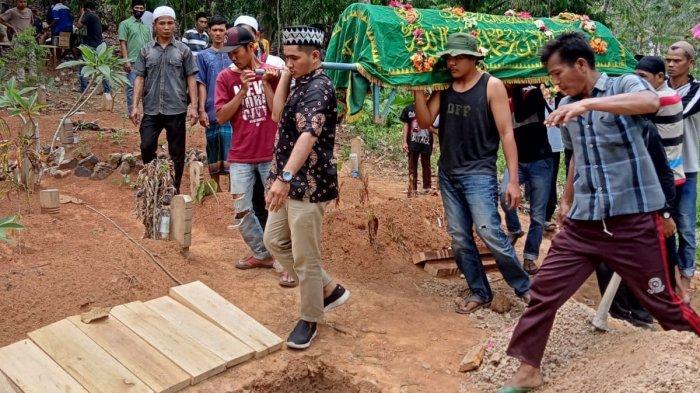 Pemuda Lampung Akhiri Hidup di Bogor Dimakamkan, Ditemukan Secarik Kertas Berisi Pesan Menyentuh