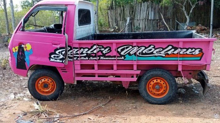 Pencuri Mobil Kecelakaan di Jalinsum Way Kanan Lampung
