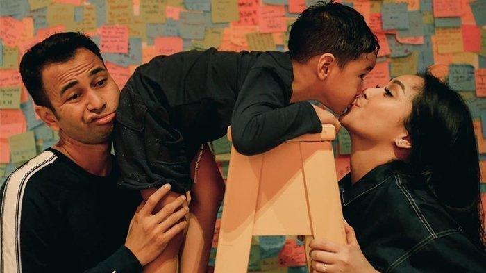 Artis Nagita Slavina Terharu Dengar Ucapan Rafathar, Alasan Anak Raffi Ahmad Mau Adik Laki-laki