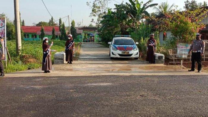 Satlantas Polres Mesuji Lampung Gelar Pengaturan Arus Lalu Lintas di SMPN 18 Mesuji