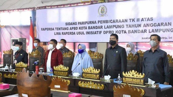Pengesahan APBD Kota Bandar Lampung Tahun Anggaran 2021 dilaksanakan dalam sidang paripurna, Selasa (24/11/2020).