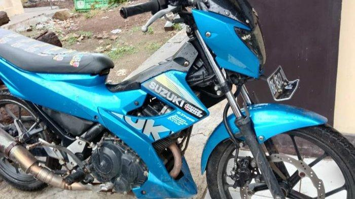 Penjambret di Jalinbar Tanggamus Pakai Motor Satria FU dan Yamaha Vixion