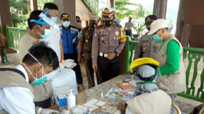 Penumpang 19 Kendaraan Luar Lampung Dirapid Test di Jalinbar Pringsewu, Hasilnya Negatif