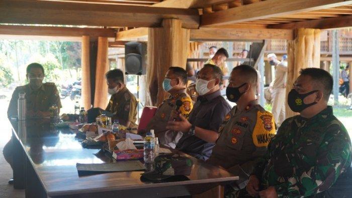 Percepat Vaksinasi, Bupati Tulangbawang Barat Lampung Gerakkan Perangkat Tiyuh Data Warga