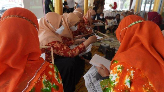 Dekranasda Metro Ajak Promosikan Batik sebagai Warisan Nusantara