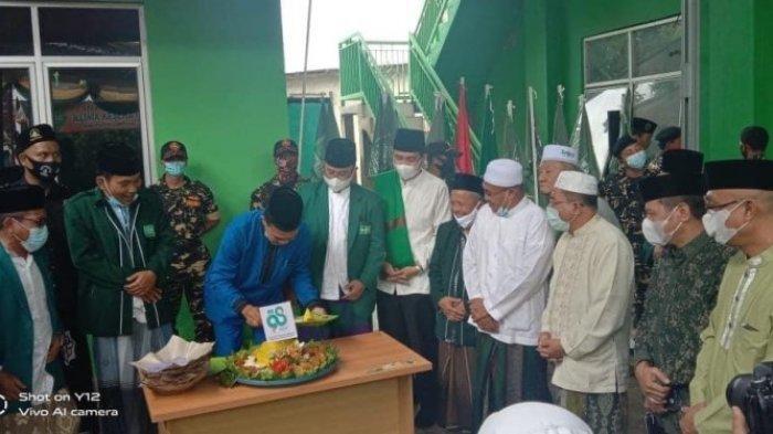 Peringati Harlah ke-98, PCNU Lampung Utara Gelar Sunatan Massal dan Donor Darah