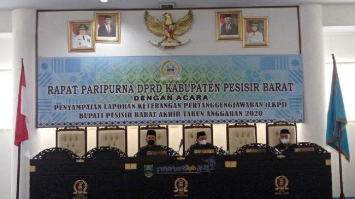 Bambang Sumbogo Hadiri Rapat Paripurna Penyampaian Laporan Keterangan Pertanggungjawaban