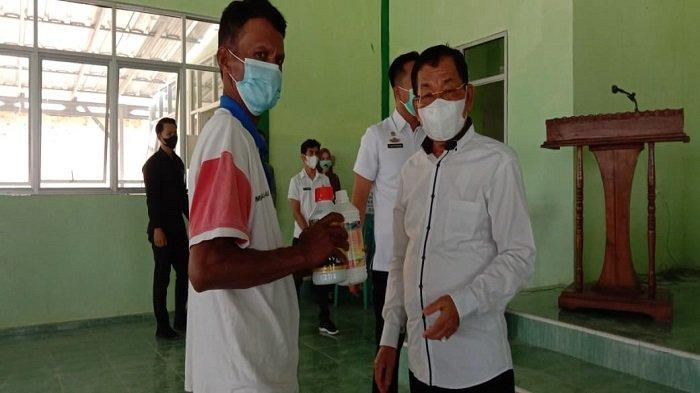 Petani di Mesuji Lampung Dapat 10,5 Ton Bibit Bawang Merah dari Kementan