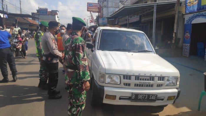 Petugas TNI Polri Imbau Warga Way Bungur Lamtim Terus Disiplin Prokes
