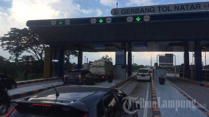 Pintu Tol Tersambar Petir di Natar Lampung Sudah Normal, Antrean Kendaraan Terurai
